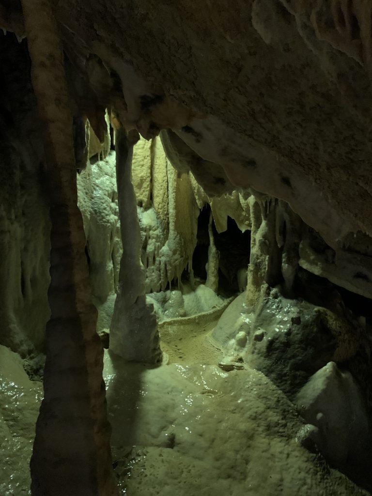 Grotte du Cerdon