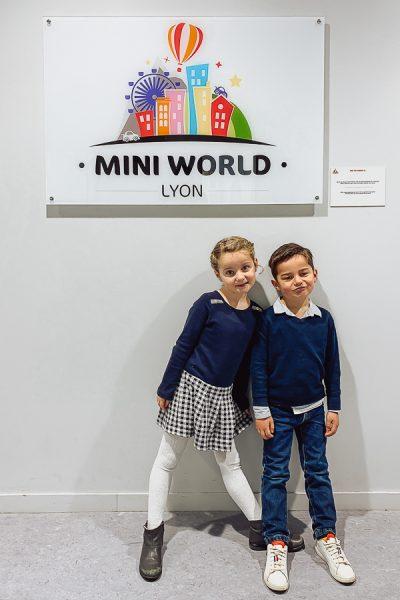 Mini World - La maison aux volets bleus - sortie à Lyon-3